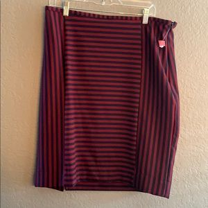 NWOT navy and red strip skirt